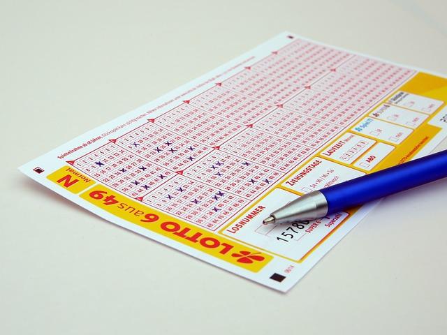 lístok do lotérie.jpg