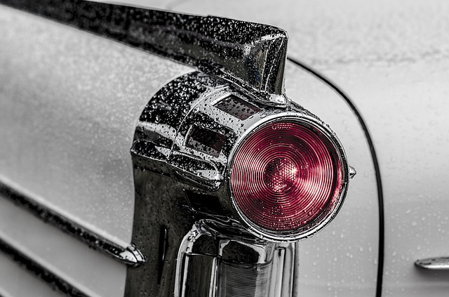 Svetlo auta.jpg