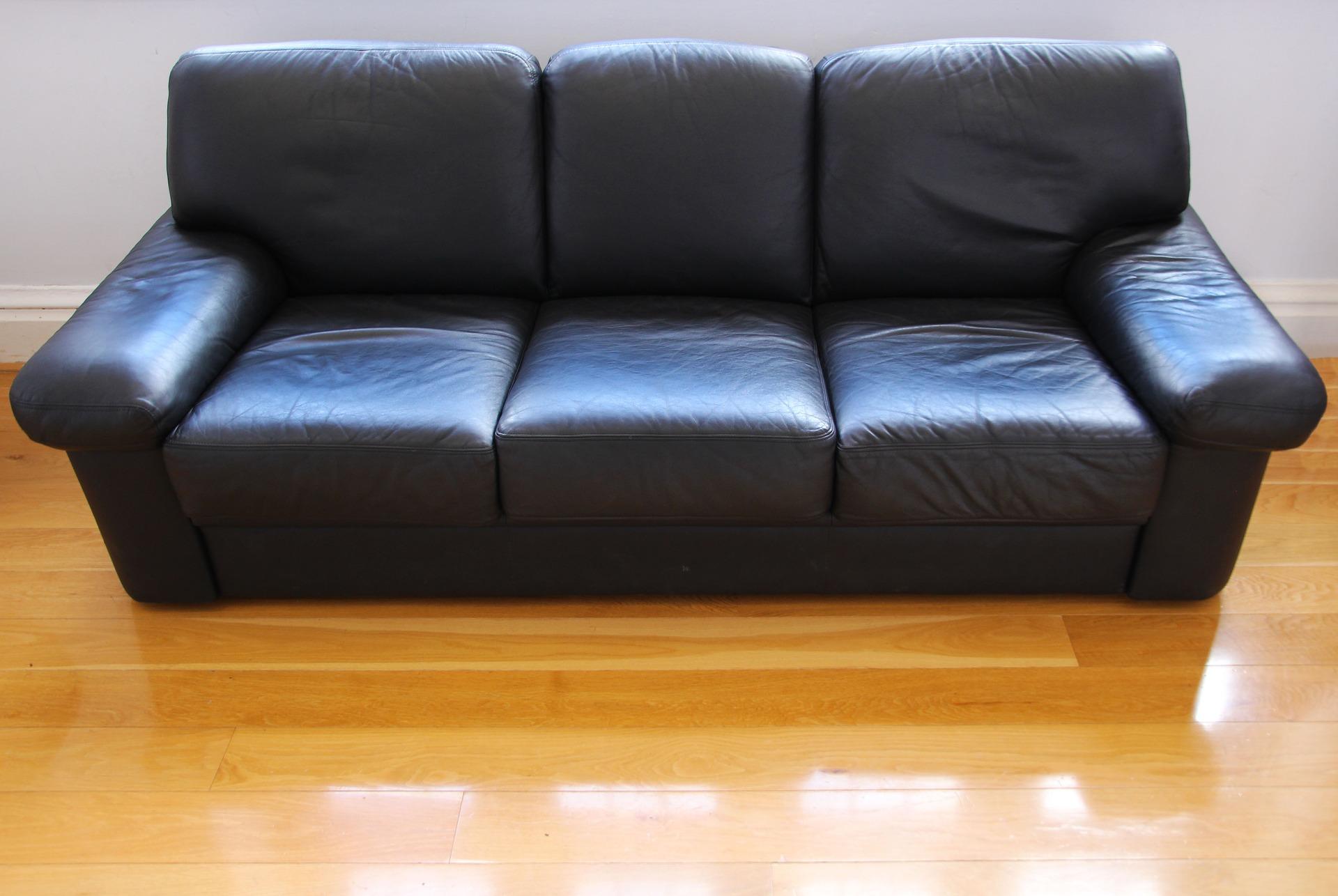 leather-sofa-2415619_1920